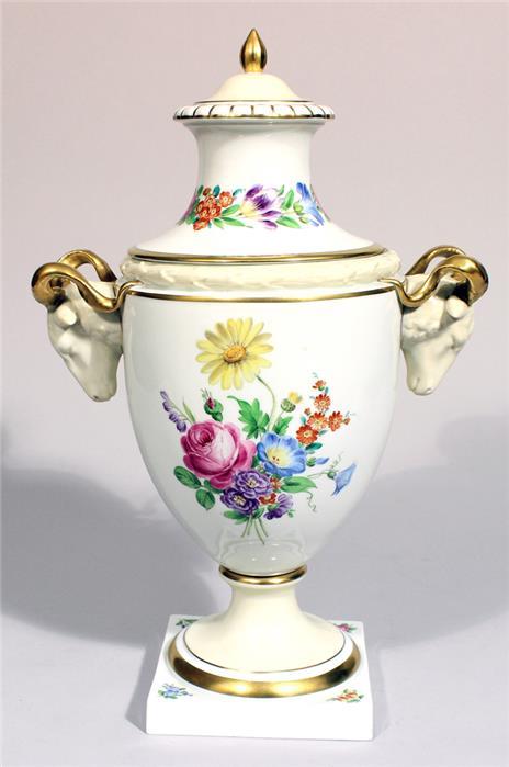 Widderkopf-Vase, Fürstenberg.