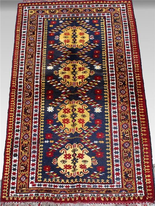 Beschir, ca. 185x 110 cm.