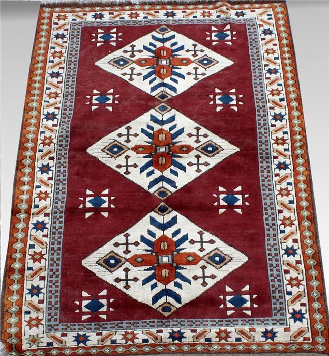 Kars-Kasak, ca. 170x 128 cm.