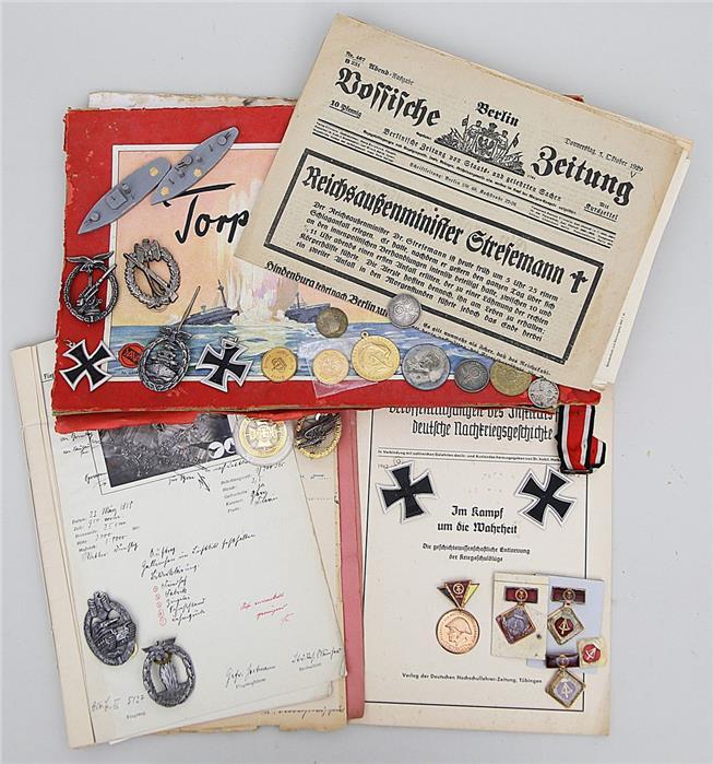 10 Orden/Abzeichen (Sammleranfertigungen).
