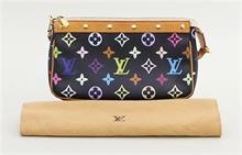 Pochette, Louis Vuitton.